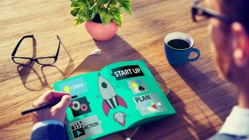 When should a high tech startup hire a   product manager?